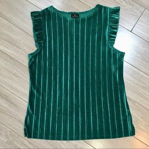 Worthington Emerald Green Top size Large